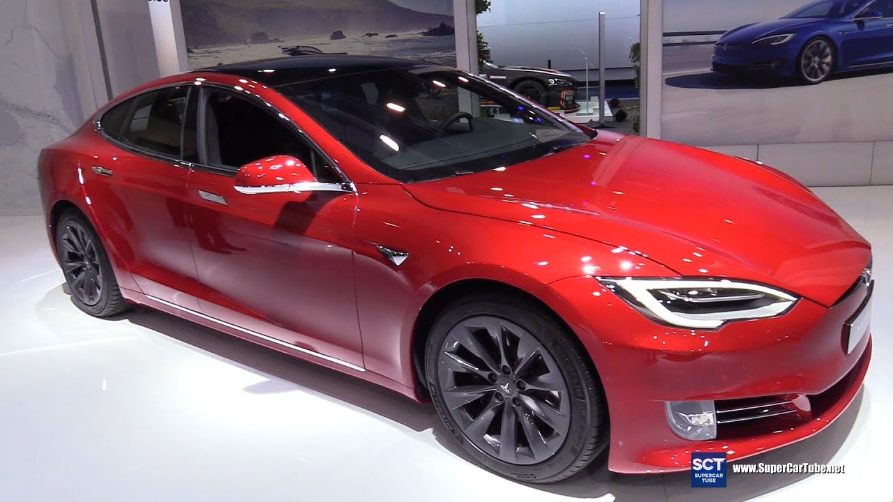Cận cảnh xe Tesla Model S