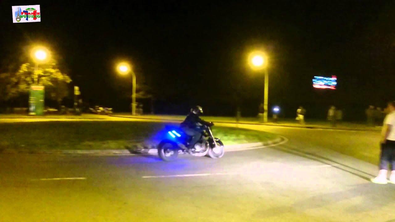 Калушанин обурений безнаказністю любителів нічних мотогонок (відеофакт)
