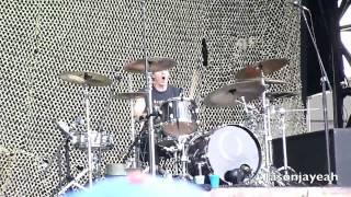 A Perfect Circle - 3 Libras (All Main Courses Mix) [HD] LIVE Lollapalooza 2011.mp4