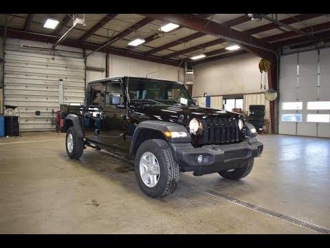 2020-black-clear-coat-jeep-gladiator-sport-s-4x4-sj6756-motor-inn-auto-group