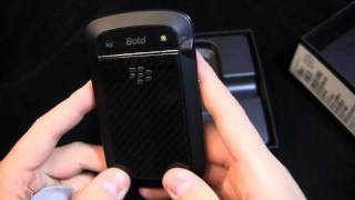 BlackBerry Bold 9930 Unboxing