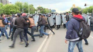 Police detain hundreds at Kazakh election protests   AFP