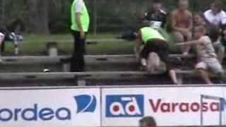Viuhahdus Ykkösen ottelussa Jippo - Klubi 04