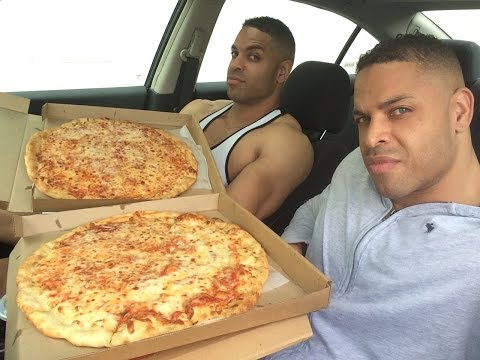 2 Large Cheese Pizza Challenge Fail @hodgetwins