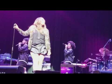 """Can't Get Enough"" - Tamia (Concert Performance)"