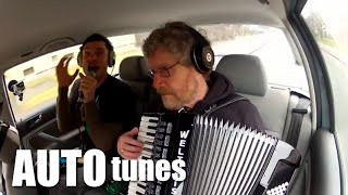 Seven Nation Army - (auto Tunes F. Mama Und Papa)