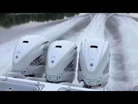 Running the Yamaha 425 hp XTO Outboard - YouTube