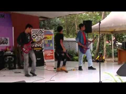 Arlogi band (cover slash) anastasia