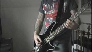 Motorhead,Bite The Bullet / The Chase is Better Than The Catch Bass cover