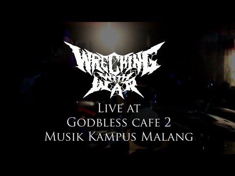 Wrecking With War - Akhir Dari Dunia live Musik Kampus Malang at Godbless Cafe 2