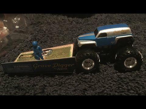 Spin Master Monster Jam Grave Digger The Legend Unboxing And Review