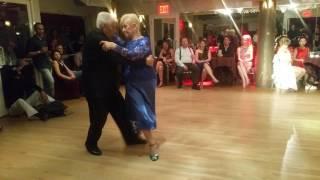 Argentine tango: Nito & Elba - Oro y Gris