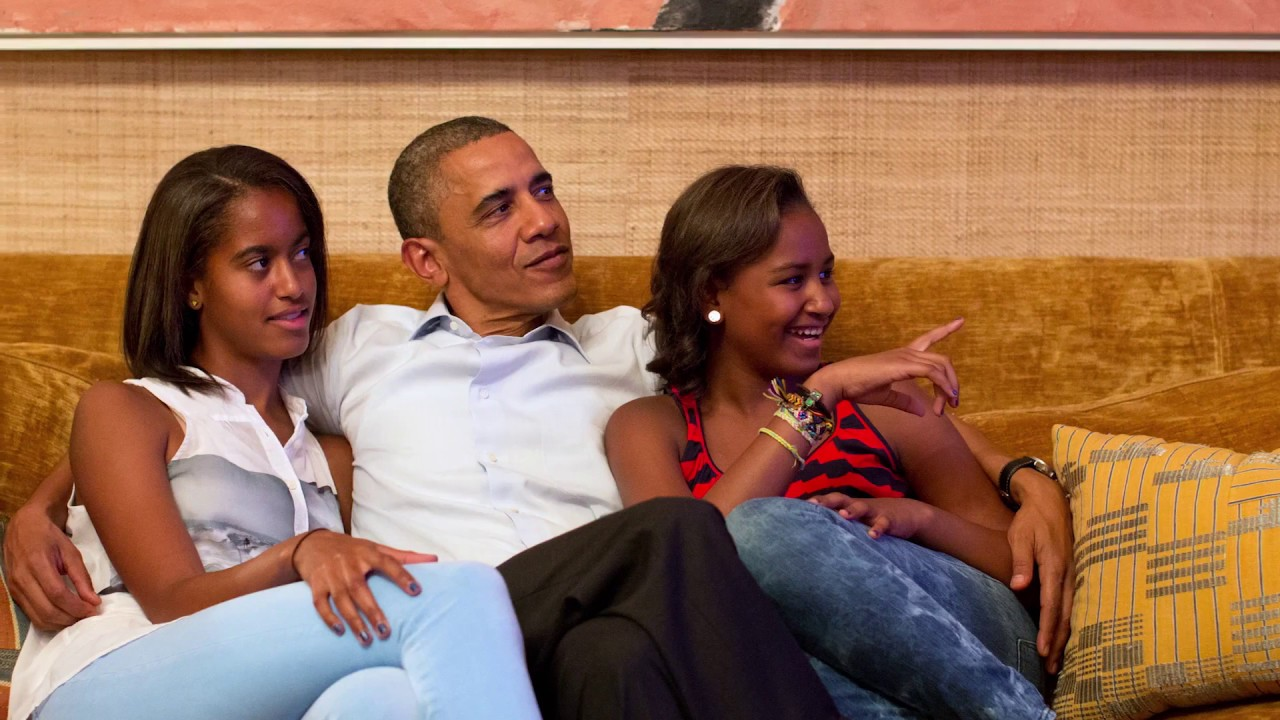 Rare Look Inside Where Obama Lives At The White House Youtube