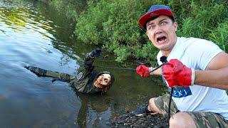 Эти жуткие находки мы подняли со дна где затонул зомби на магнитной рыбалке