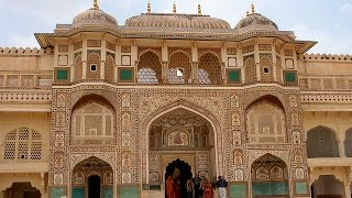 Amer Fort in jaipur  Rajasthan  ( INDIA )