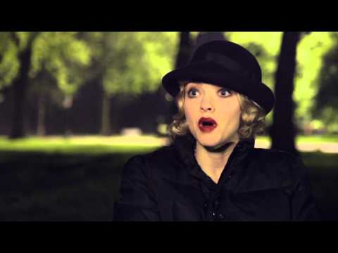 """pan:-amanda-seyfried-""""mary""""-behind-the-scenes-movie-interview"""
