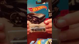 Opening Hot Wheels late 2017 and early 2018 cars