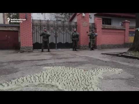 1,000 Toy Soldiers Protest At Russian Consulate Over Crimea