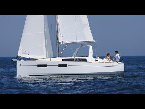 Oceanis 35 by Beneteau