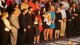 Sarah Palin introduces her family