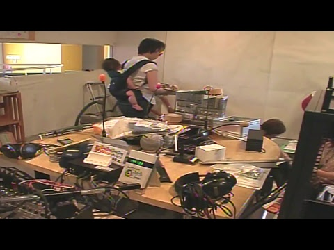 みんなでFMYYのスタジオの整理。