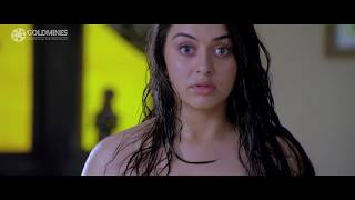 Hansika Motwani hot crazy man
