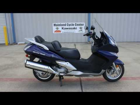 $2,899: Pre Owned 2006 Honda Silver Wing 600 Scooter Overview and Review