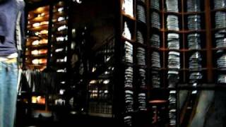 Abercrombie & Fitch FLAGSHIPSTORE - NEW YORK - 2008 - MOST WATCHED A&F VIDEO ON YOUTUBE!