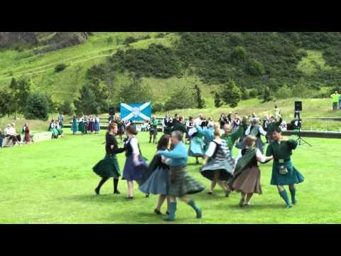 scottish-folk-dance:-schiehallion