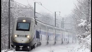 Trains et TGV dans la neige