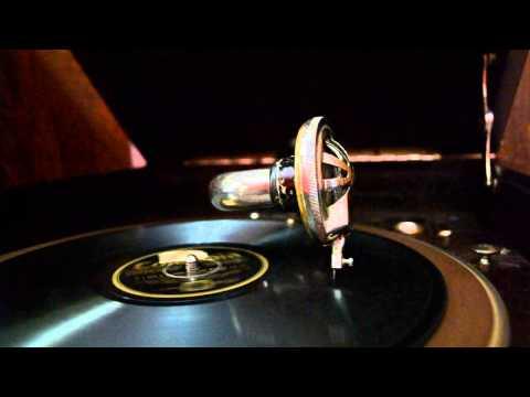 giant gramophone photo manipulation | photoshop cc tutorialde YouTube · Haute définition · Durée:  23 minutes 2 secondes · vues 785 fois · Ajouté le 18.09.2016 · Ajouté par Picture Fun