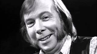 Tommy Makem-The Maid Of Amsterdam