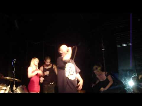 "LIL WYTE "" MY SMOKING SONG "" HD LIVE FROM  ATOMIC COWBOY ST LOUIS 06/02/11 THE FOX HOLE"