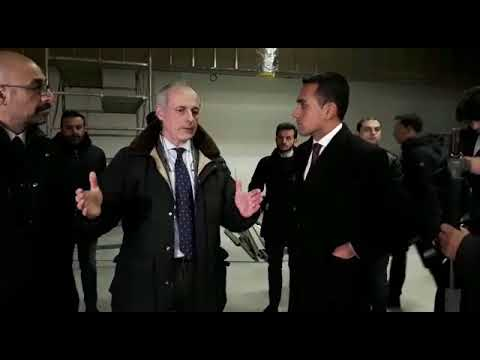 Luigi Di Maio visita la Ancorotti Cosmetics