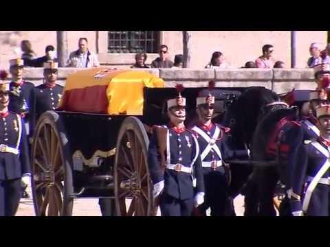 Honores Militares previos a la misa corpore insepulto por S.A.R. el Infante Don Carlos