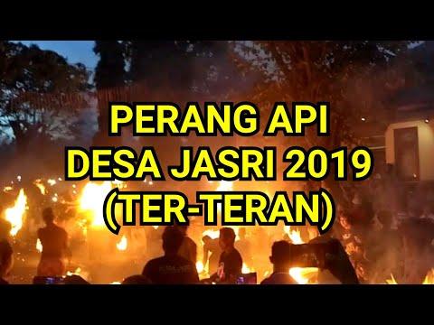 tradisi-perang-api-desa-jasri-2019-(ter-teran)