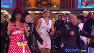 Repeat youtube video Cecilia Galliano Minivestido Agarron de Nalga