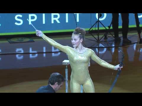 Sofie Dossi (Live @ Bankers Life Fieldhouse in Indianapolis) (19-12-2016)