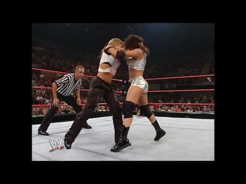 Trish Stratus vs. Nidia - September 6, 2004