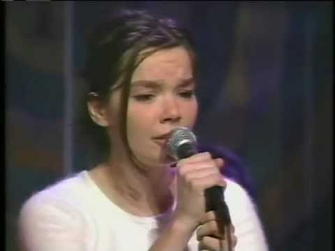Björk - Come to Me, Aeroplane and interview on MTV's 120 Minutes (1993)