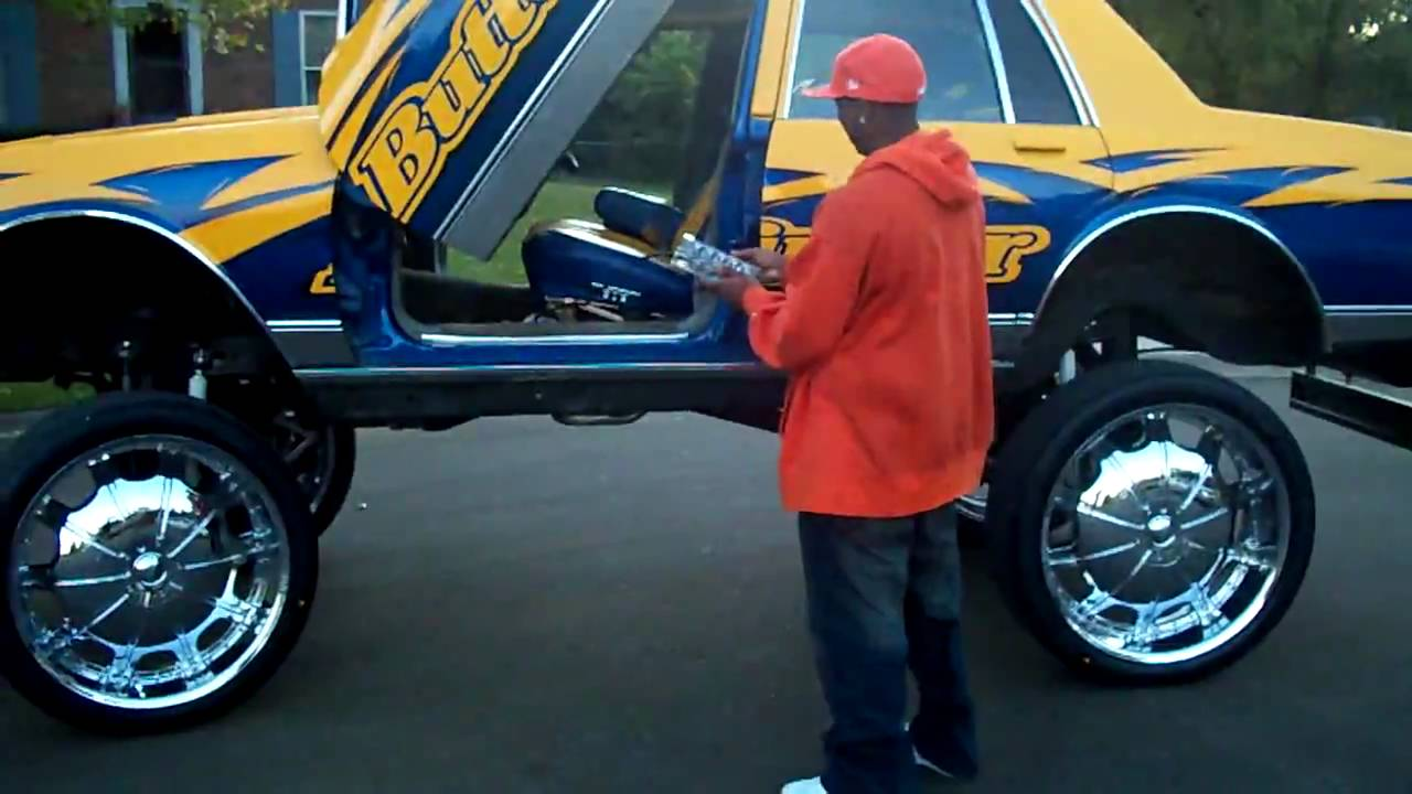 3 Inch Lift Kit >> 28S ON BOX CHEVY WITH AIRBAGS!! BUTTERFINGER BOXX - YouTube