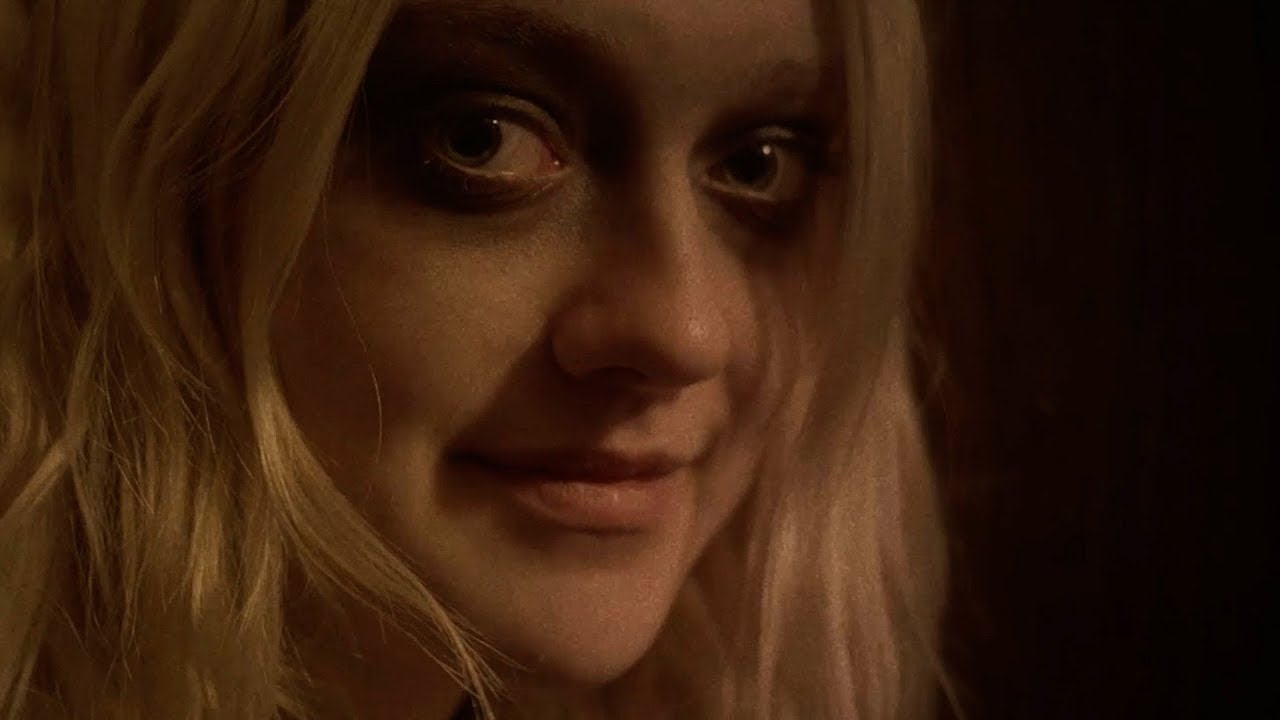 Dakota Fanning on the road to self-discovery in VIENA AND ...
