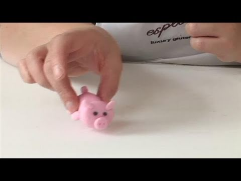 How To Make A Pink Fondant Pig Youtube