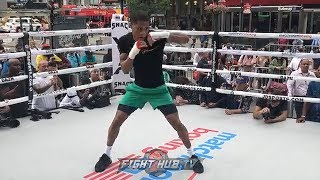 DEVIN HANEY SHOWS OFF SPEED AND TECHNIQUE DURING HIS PUBLIC WORKOUT IN NEW YORK