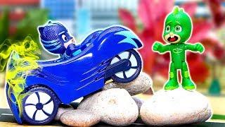 ГЕРОИ В МАСКАХ - Кэтбой и Алетт играют в прятки. МУЛЬТИК ПРО МАШИНКИ для детей. Истории из Игрушек