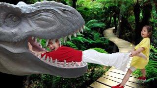 진짜 공룡들이 엄청 많아요 서은이의 쥬라기 월드 공룡 박물관 공룡 신발 대모험 Dinosaur Jurassic World Park Museum | Seoeun Story