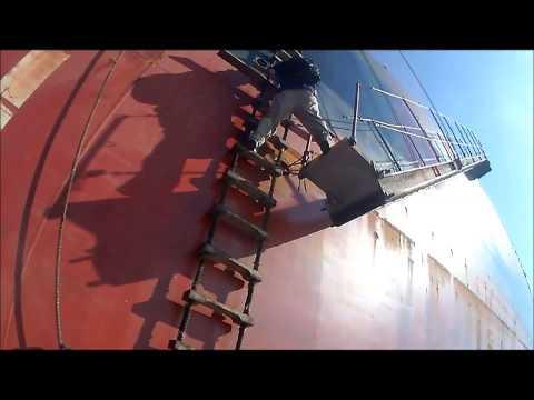 Robet Boarding a ship at Lynnhaven