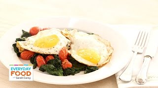 Quickly-cooked Eggs With Spinach And Tomatoes - Everyday Food With Sarah Carey