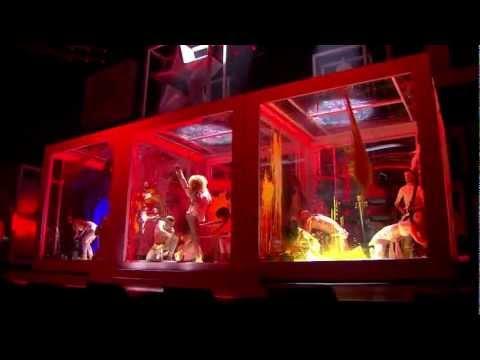 Rihanna - We Found Love (Live at BRIT Awards 2012)