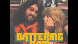 mouth and macneal - Battering Ram (Bat-Te-Ring-Ram)